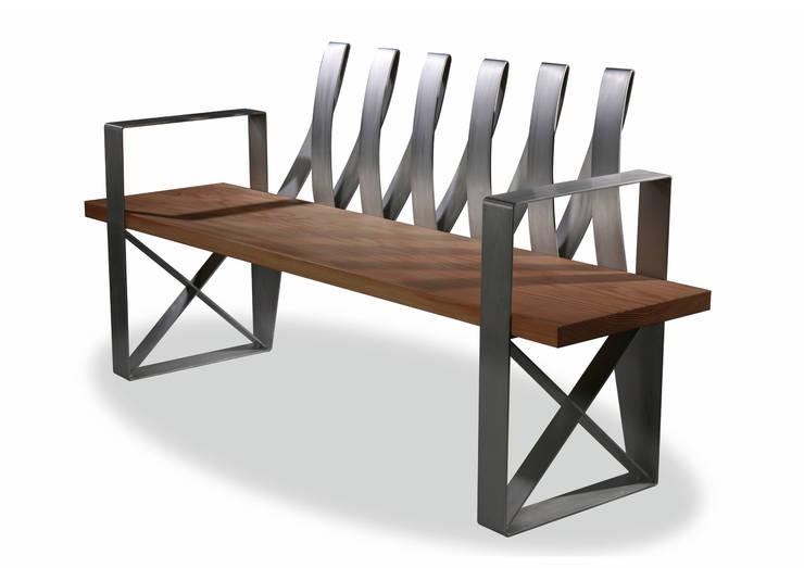 Q-bench: 이호기의  거실