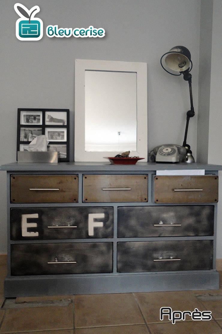 Rénovation d'un meuble / esprit industriel :  de style  par Bleu Cerise