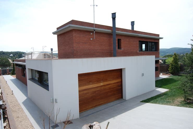 Häuser von FG ARQUITECTES, Modern