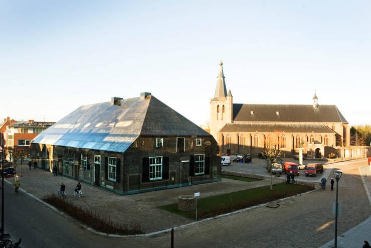 Glass farm :  Ladenflächen von MVRDV