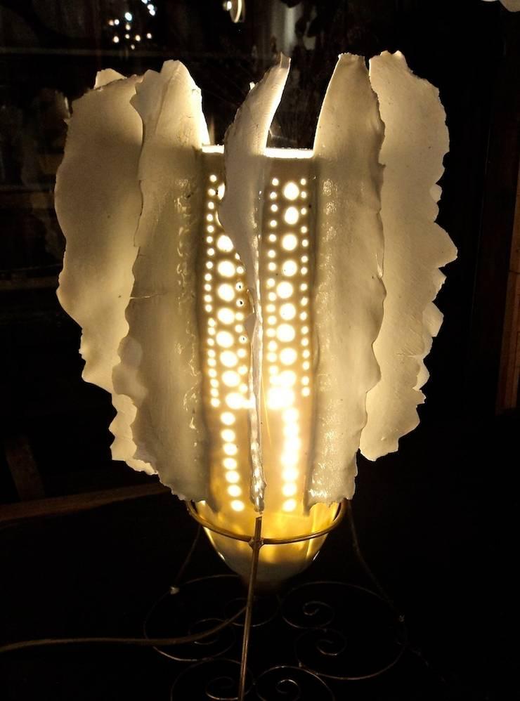 lampe porcelaine: Art de style  par GF Gueneau
