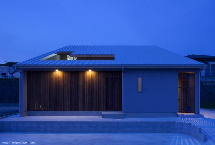TOHKOU HOUSE: 松岡健治一級建築士事務所が手掛けた家です。