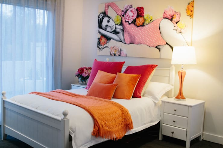 Indie Style Interiors - teenage dream bedroom:  Bedroom by Indie Style Interiors