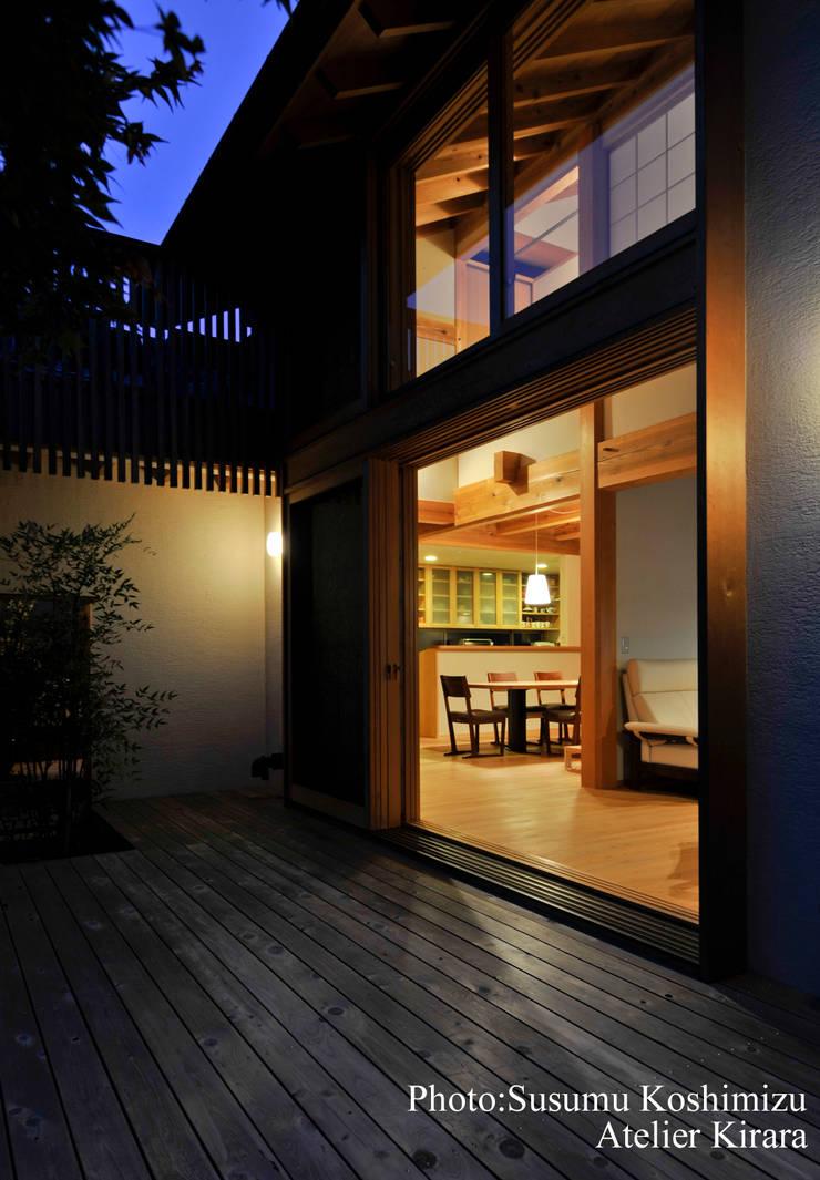 足利の家「素材と景色を楽しむ家」: アトリエきらら一級建築士事務所が手掛けた家です。