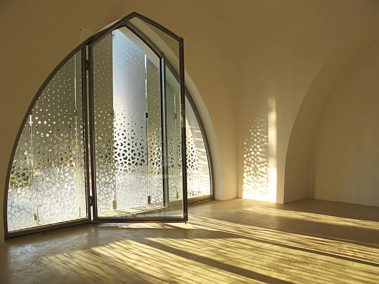 Peter Pichler Architecture의  창문 & 문