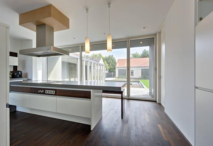 Küche:  Küche von Möhring Architekten