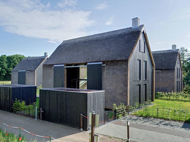 Projekty, nowoczesne Domy zaprojektowane przez Möhring Architekten
