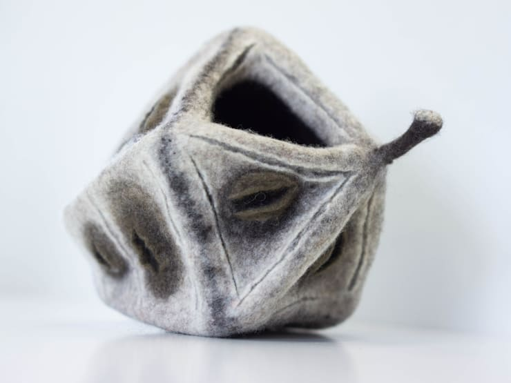 """sculpture """"graine"""" 2014: Art de style  par Maria Friese - Felt Design"""
