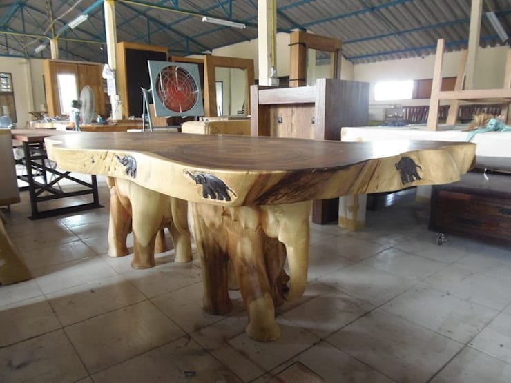 The Elephant Table:  Dining room by Mango Crafts