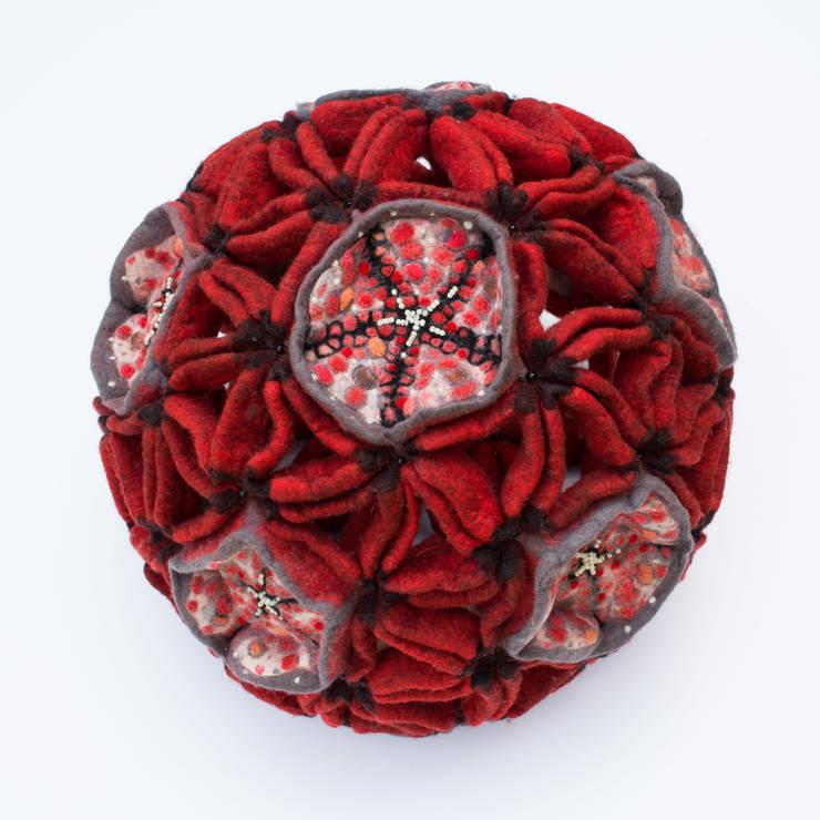 """sculpture """"dodécaèdre adouci"""" 2014: Art de style  par Maria Friese - Felt Design"""