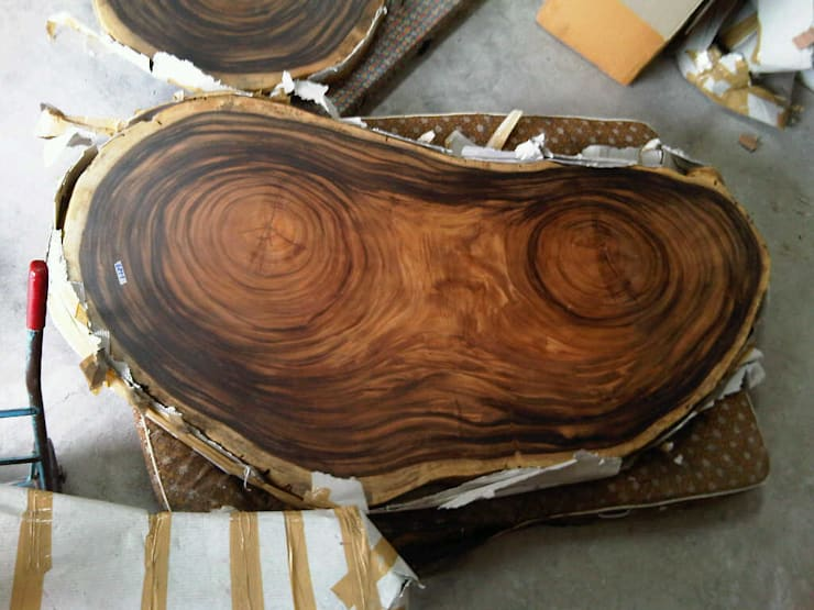 """Kidney Bean"" Acacia Slab:  Dining room by Mango Crafts"