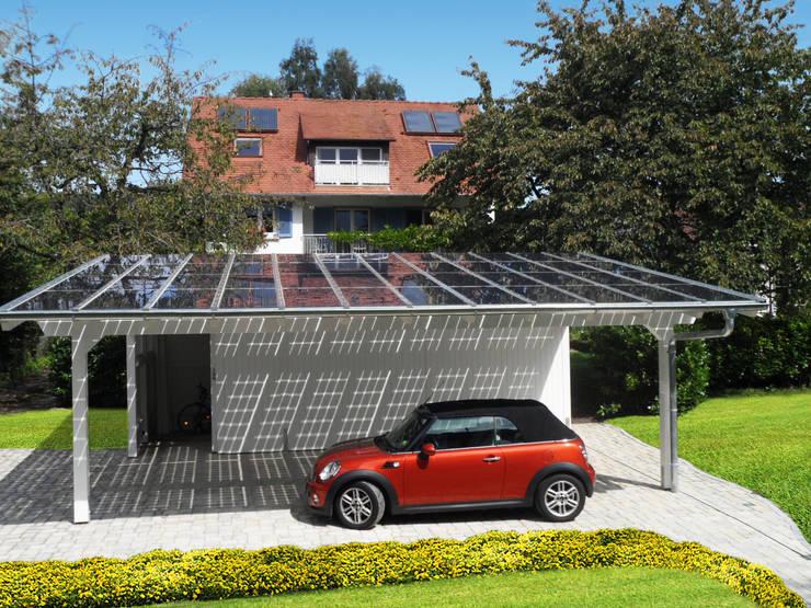 Garages & sheds by Solarterrassen & Carportwerk GmbH
