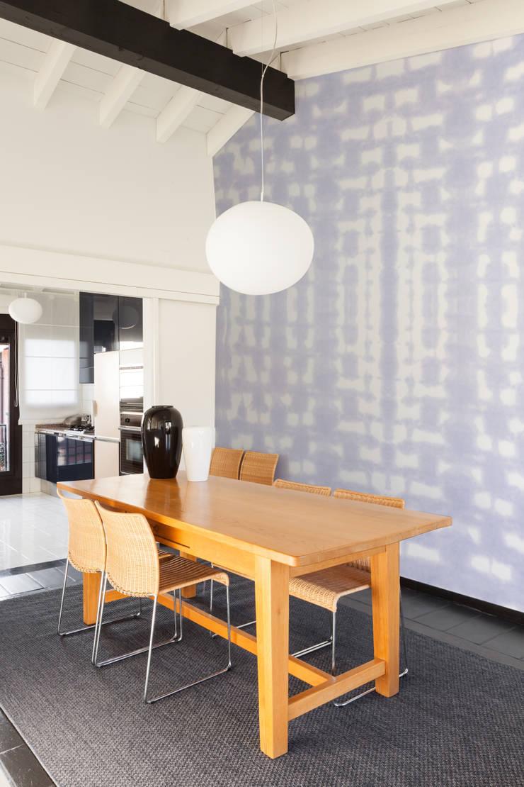 Papier peint Bob - Collection TIE&DIE: Murs & Sols de style  par MUES design
