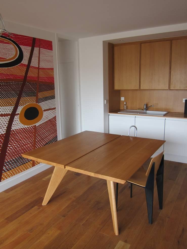 Table Zonco - En situation: Salle à manger de style  par Structures sur mesure