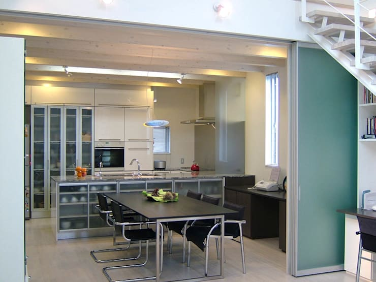 ダイニング・キッチン: 家山真建築研究室 Makoto Ieyama Architect Officeが手掛けたダイニングです。
