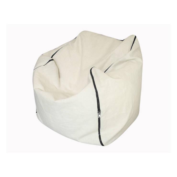Geometrie in movimento - pouf/armchair CUBICA: Soggiorno in stile  di design Inmovimento ,