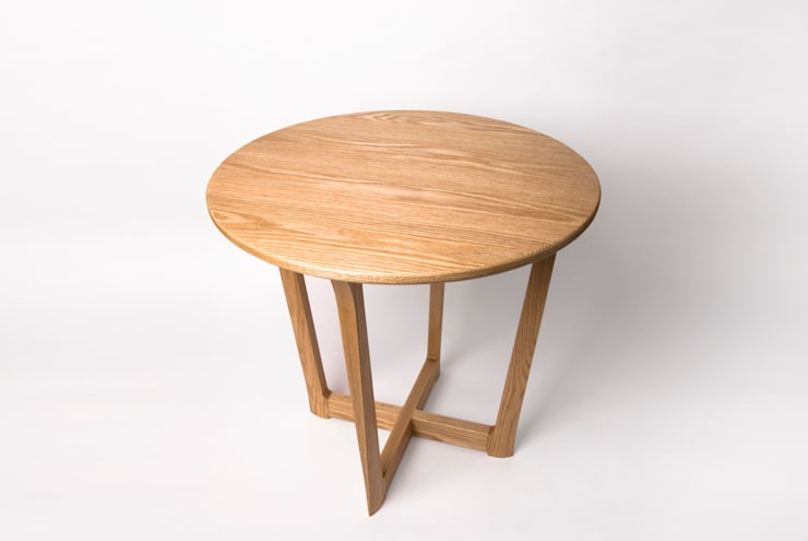 modern  by Woodstudio MAUM, Modern