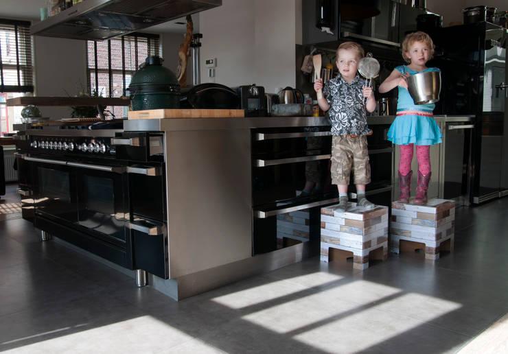 Cocinas de estilo moderno de Dutch Design Moderno