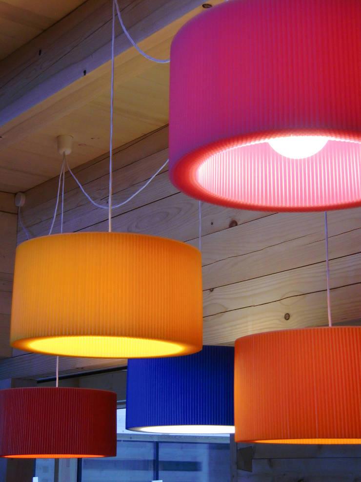Leuchtkörper : modern  von les cigales,Modern