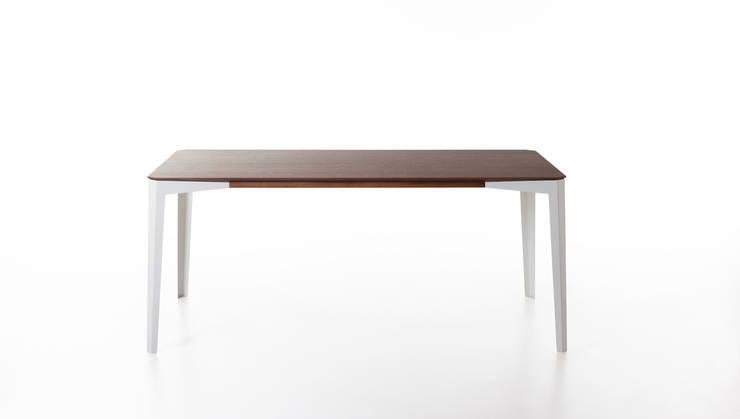 Netto Versione 90cm x 180cm: Sala da pranzo in stile in stile Minimalista di GiuseppeGioiaDesigner