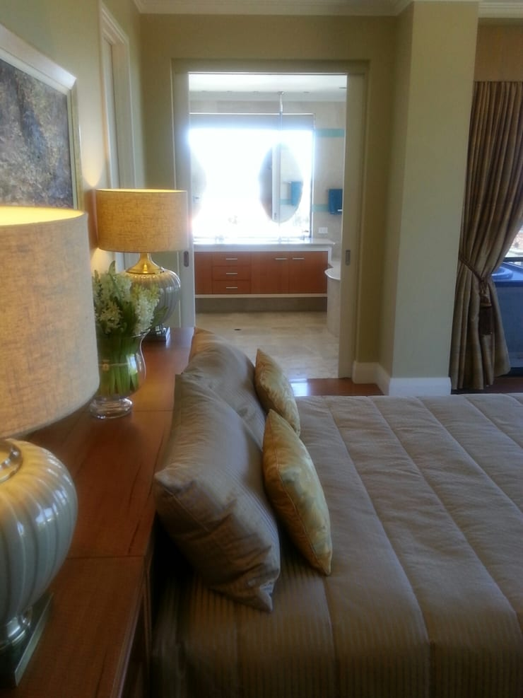 Master Bedroom complete makeover.:  Bedroom by Molyneux Designs