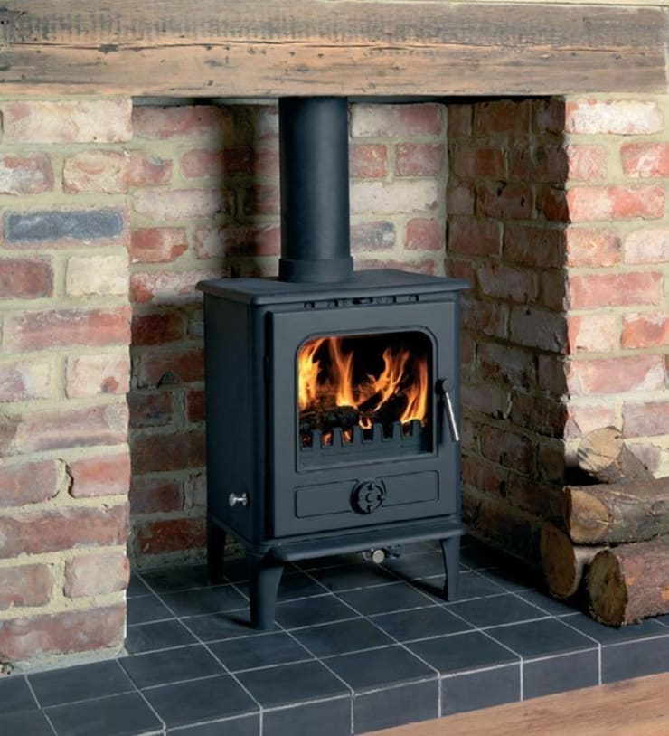 Cast Tec Norvik 5 Wood Burning / Multi Fuel Stove:  Living room by Direct Stoves