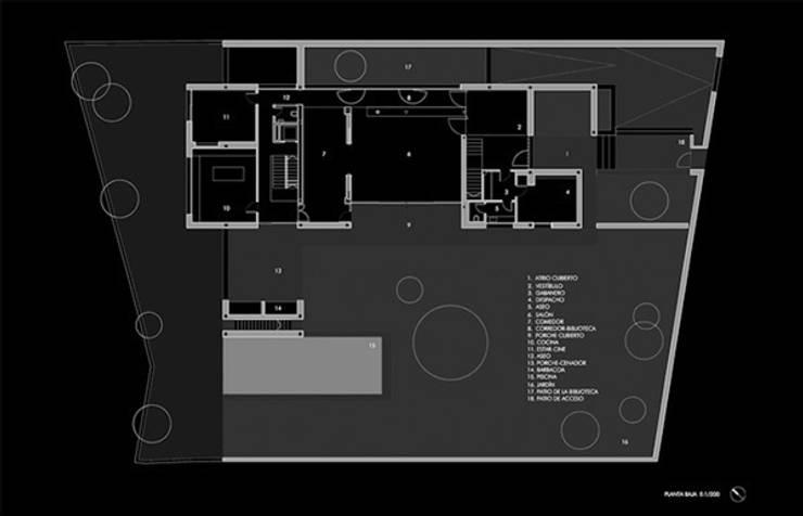 Planta baja:  de estilo  de lightarchitecture studio