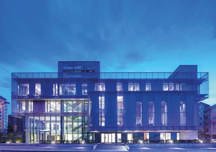 Avci Architects – AVCIARCHITECTS_03_EXTERIOR_NIGHT:  tarz Ofis Alanları