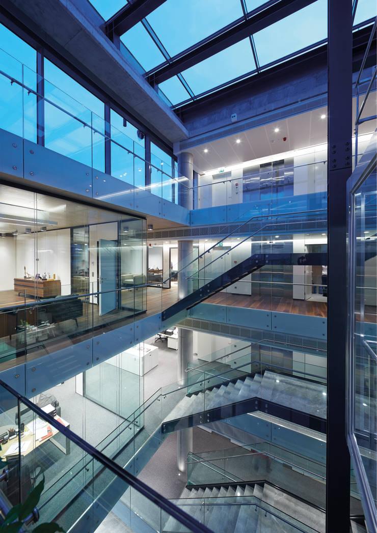 Avci Architects – AVCIARCHITECTS_08_STAIRS:  tarz Koridor ve Hol