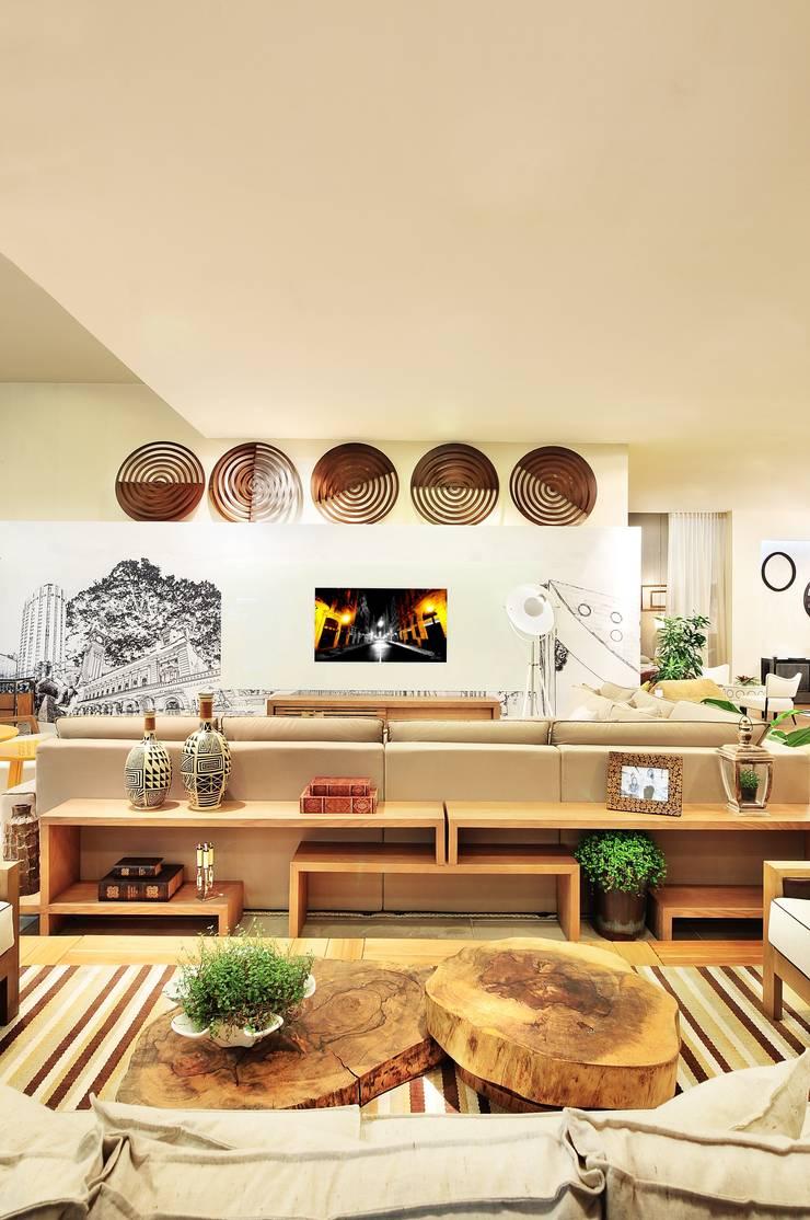 LOFT DA MULHER CONTEMPORÂNEA por Adriana Scartaris: Casas  por Adriana Scartaris design e interiores