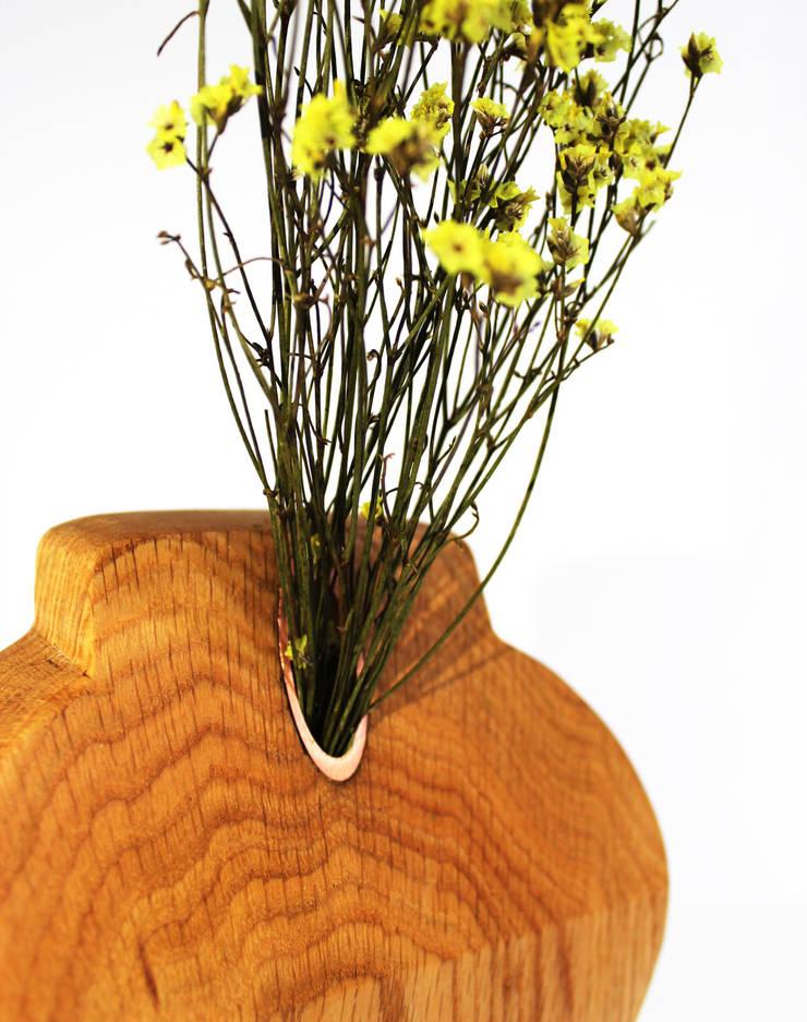 말린 꺾병 / Dry vase: Design group / 505의  거실