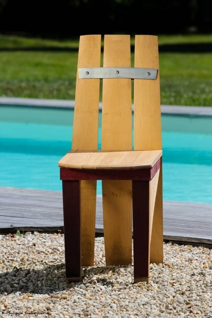 Chaise, la C: Salle à manger de style  par Jerôme Bouteille