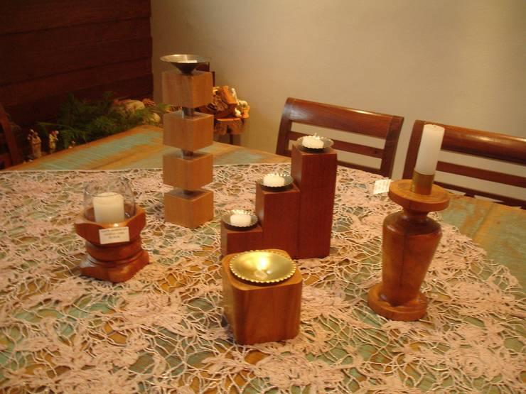Suportes para velas: Sala de jantar  por Márcio Varela Designer