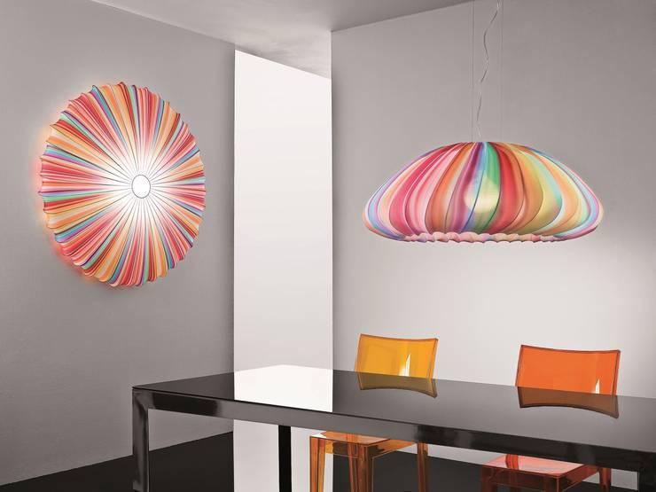Living room by Highlight Aydınlatma, Modern
