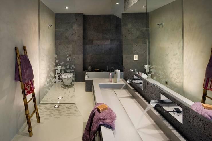 Baño principal: Dormitorios de estilo  de ESTER SANCHEZ LASTRA