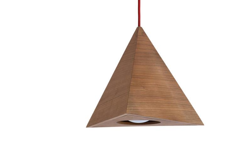 de estilo  de SLOW WOOD - The Wood Expert, Escandinavo