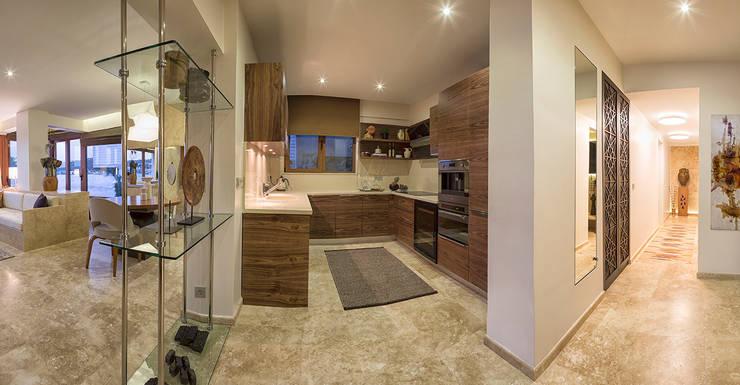 AK Design Studio – Stone Age- Baltalimanı Mansion: modern tarz Yemek Odası