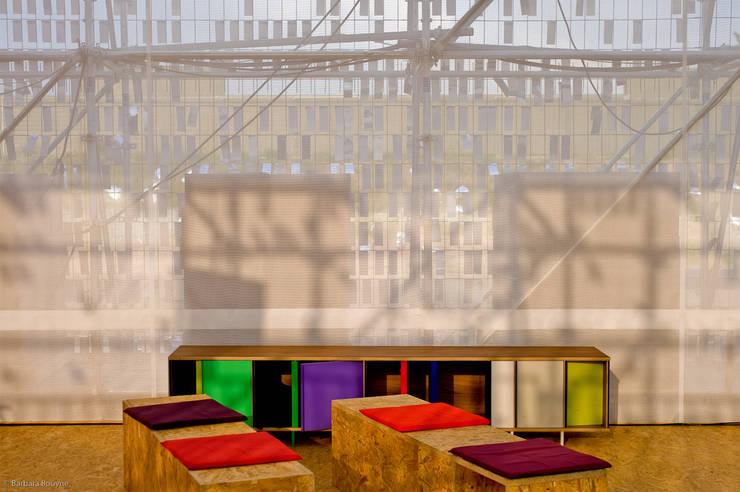 Plateforme Forum, Metz, France: Centre d'expositions de style  par Emilie Marx