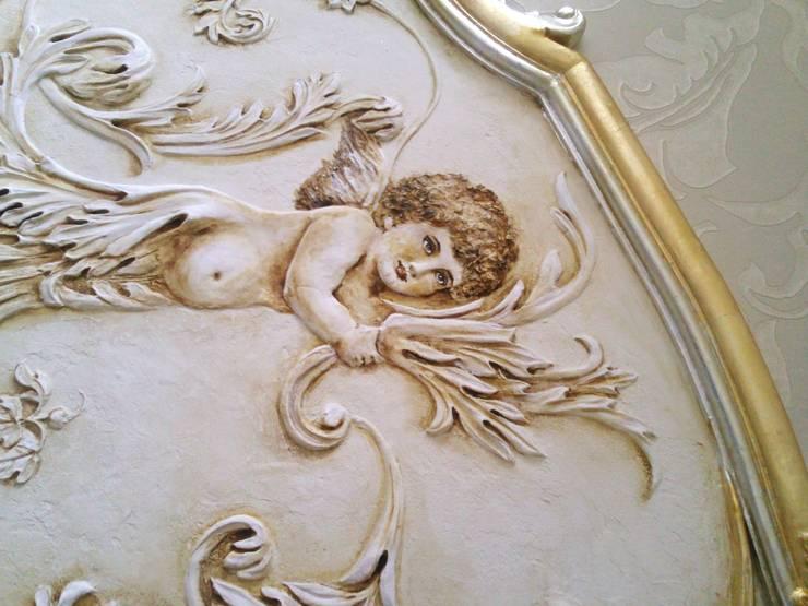 орнаментальные ангелы и золочение: Спальни в . Автор – Абрикос