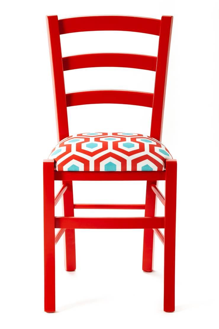Geometric Chair: Negozi & Locali commerciali in stile  di Plinca Home