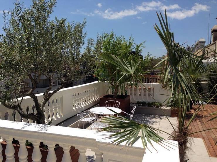 terrace Modern balcony, veranda & terrace by FG ARQUITECTES Modern