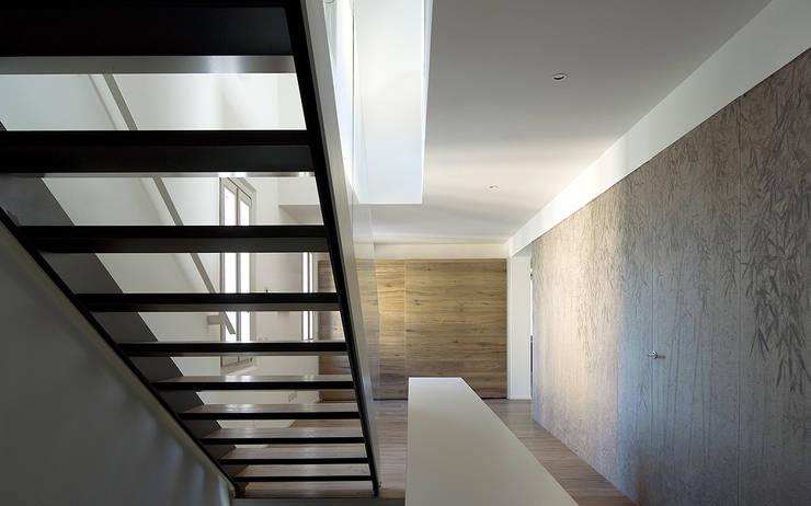 Houses by IOTTI + PAVARANI ARCHITETTI, Minimalist