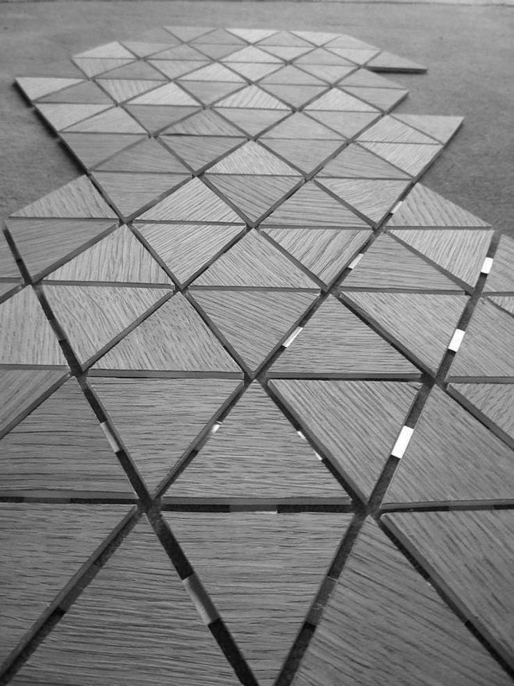 Ori - coque à plat: Maison de style  par  Interior Architect