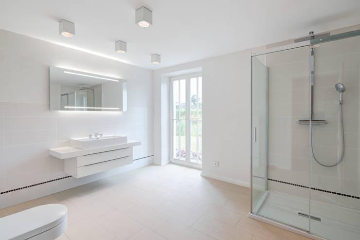Projekty,  Łazienka zaprojektowane przez Dr. Michael Flagmeyer Architekten