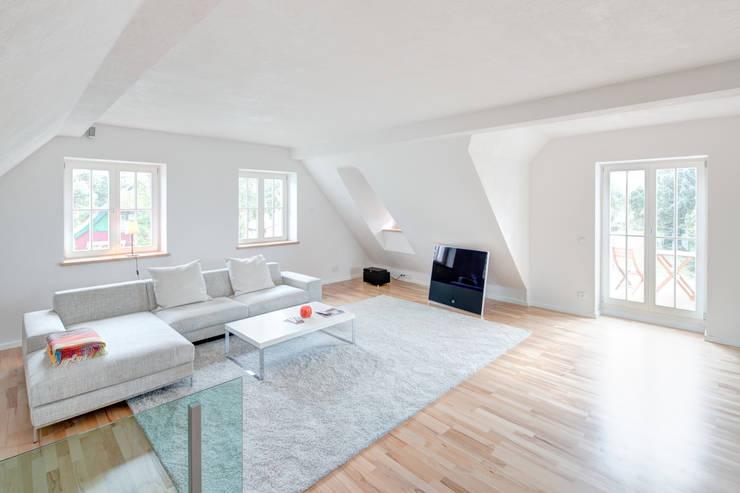Projekty,  Salon zaprojektowane przez Dr. Michael Flagmeyer Architekten