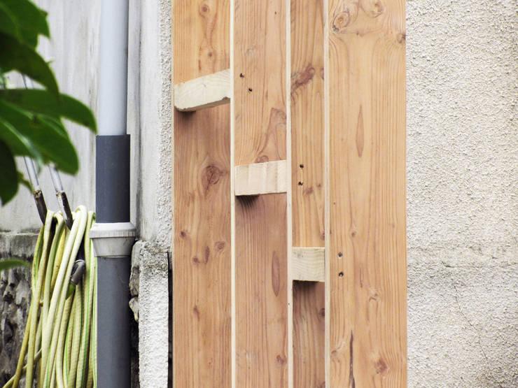Maison C: Jardin d'hiver de style  par atelier eem