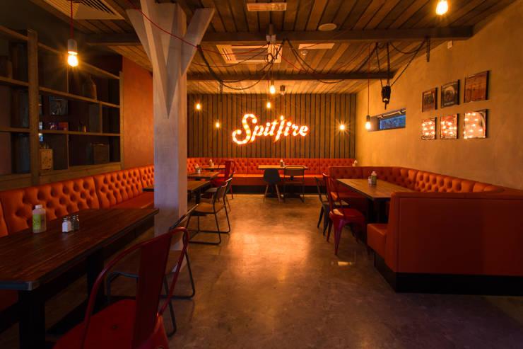 Spitfire :   by Simple Simon Design