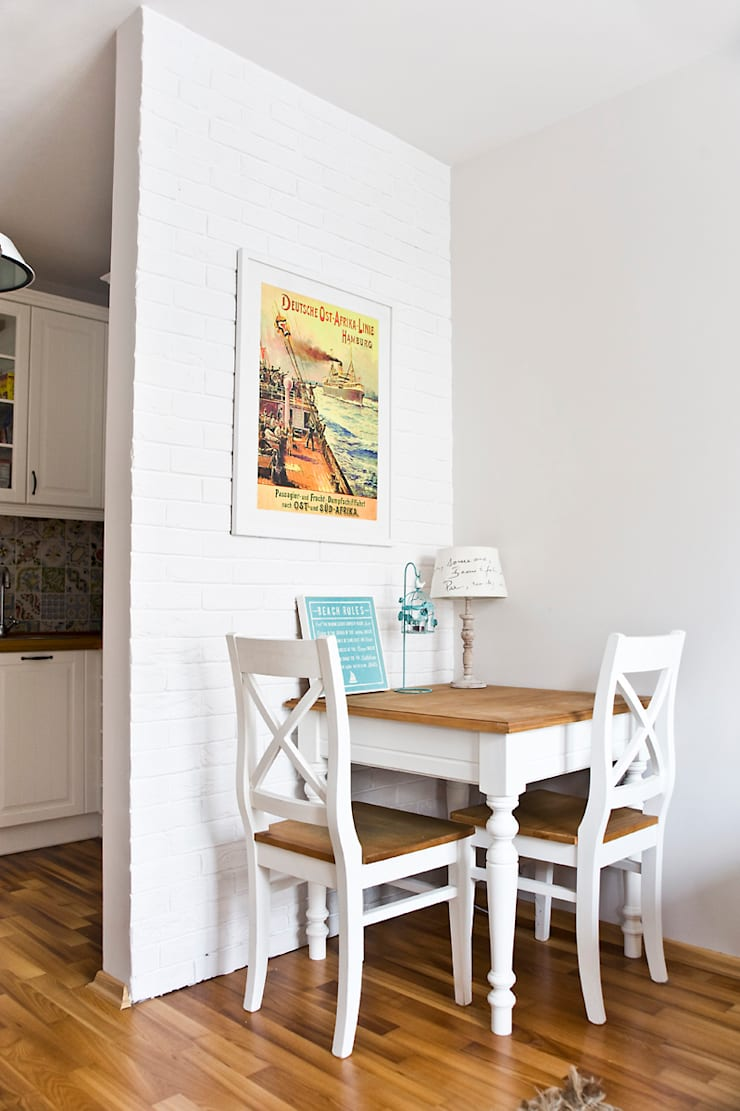 Mieszkanie letnie.: styl , w kategorii Jadalnia zaprojektowany przez Miśkiewicz Design,