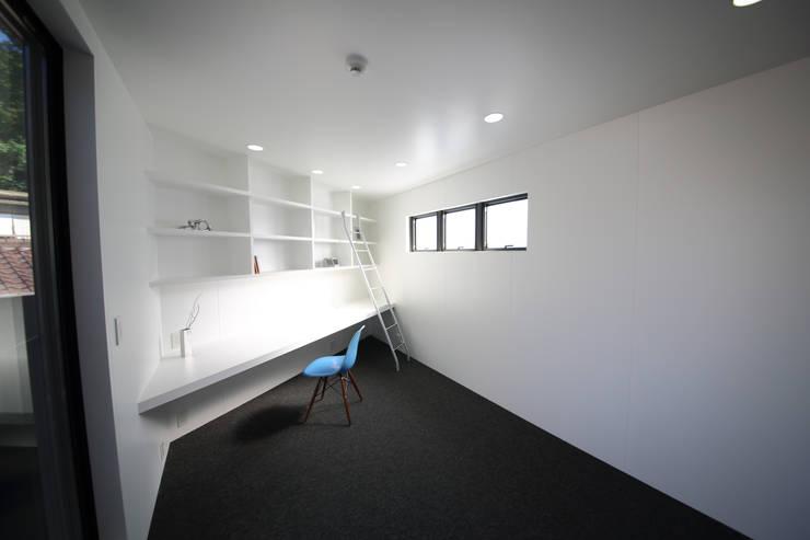 Nursery/kid's room by 一級建築士事務所・スタジオインデックス