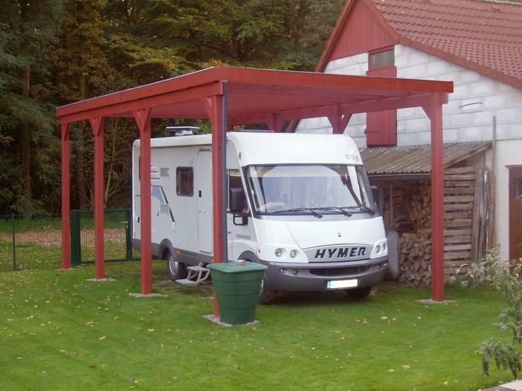 Гаражи в . Автор – Deutsche Carportfabrik GmbH & Co. KG
